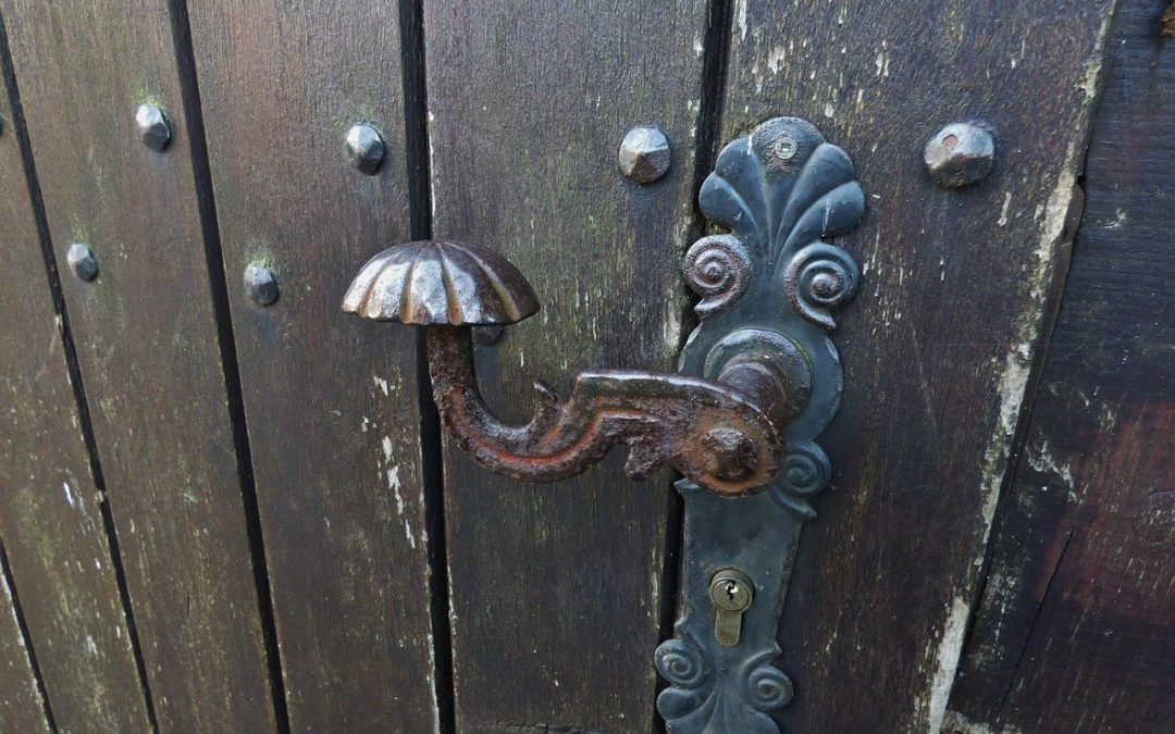 serrure porte ancienne